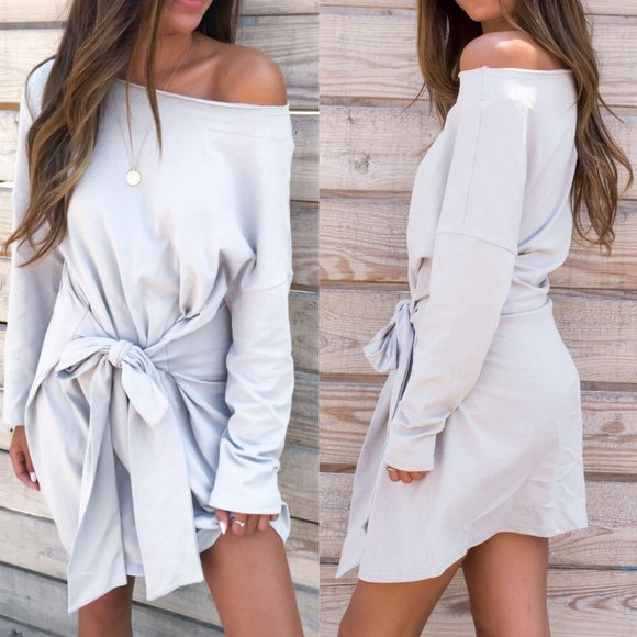 Bellanblue Dresses & Skirts - LINDSEY Long Sleeve Dress - grey